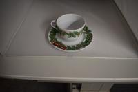 Kop en schotel Kerst